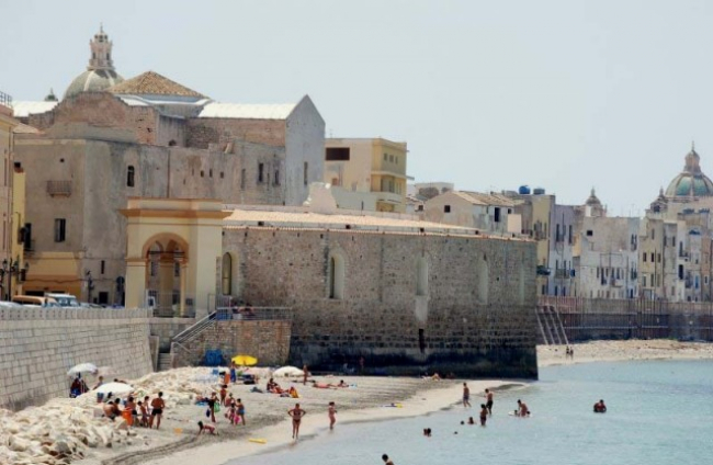Trapani strand oude stad