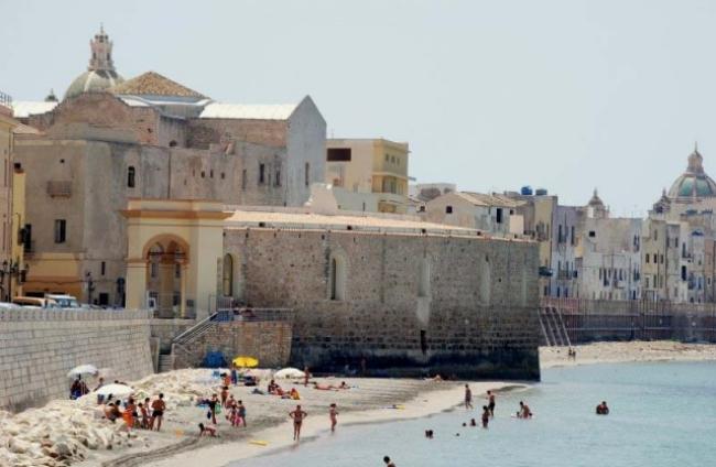 Trapani strand oude stad